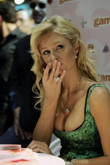 【外人】超セレブなお騒がせお嬢様パリス・ヒルトン(Paris Hilton)のパパラッチ盗撮ポルノ画像 184