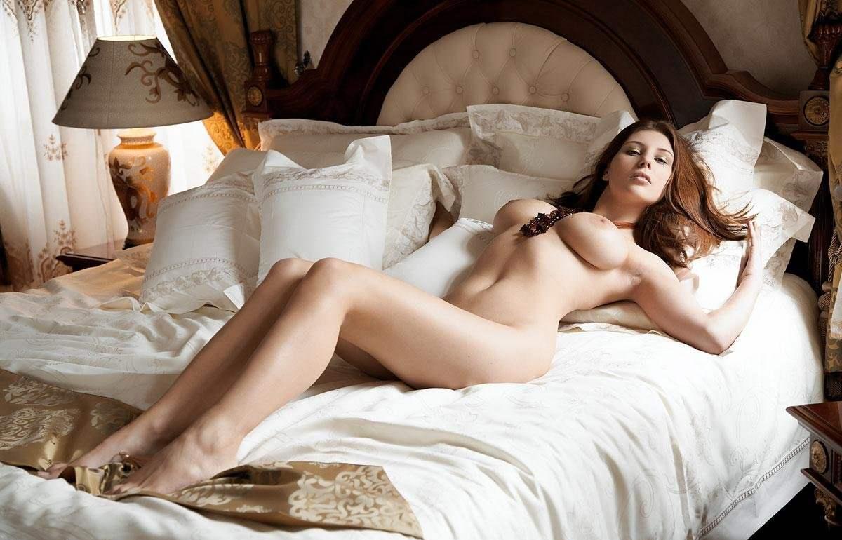 Интимные фотографии одной роскошной женщины, зрелые сочные поебушки
