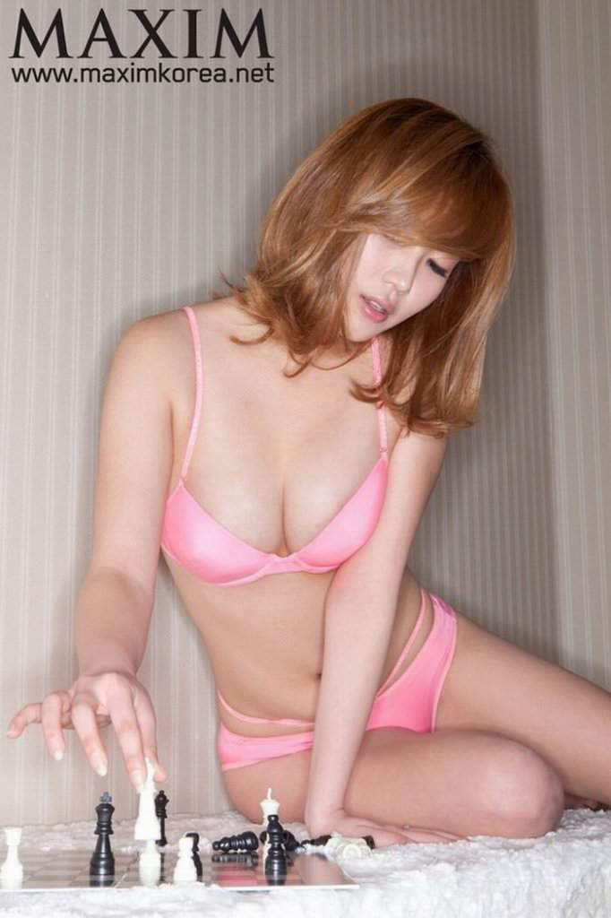 【外人】テンプレ顔だけどやっぱ可愛い整形韓国女のポルノ画像 326