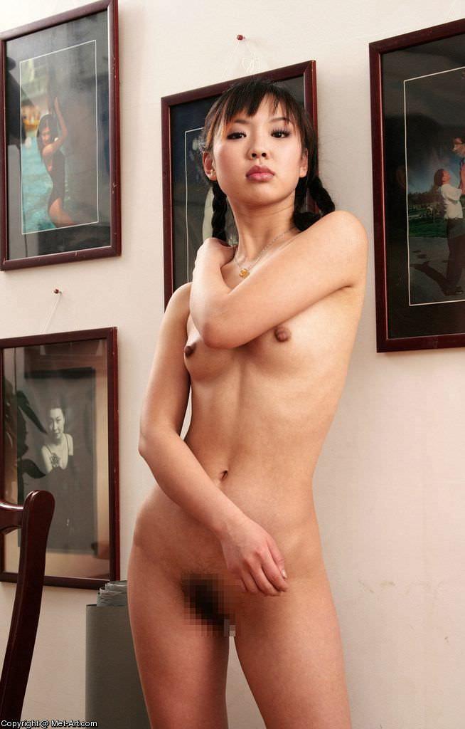 アジアンビューティーな黒髪お姉さんたちのヌードポルノ画像 439