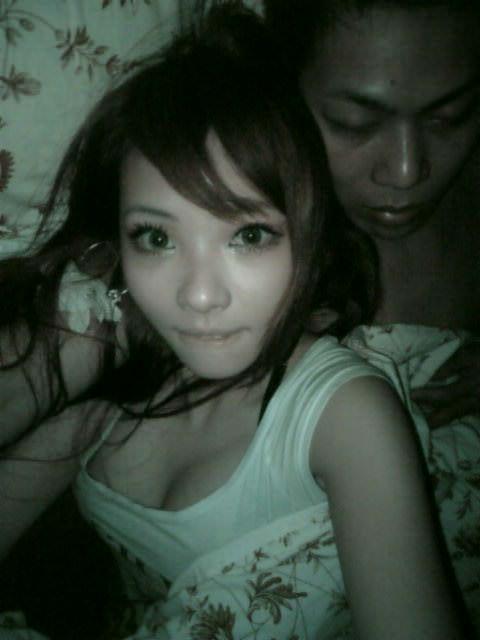 台湾人の素人美少女たちが可愛すぎる自撮りポルノ画像 448