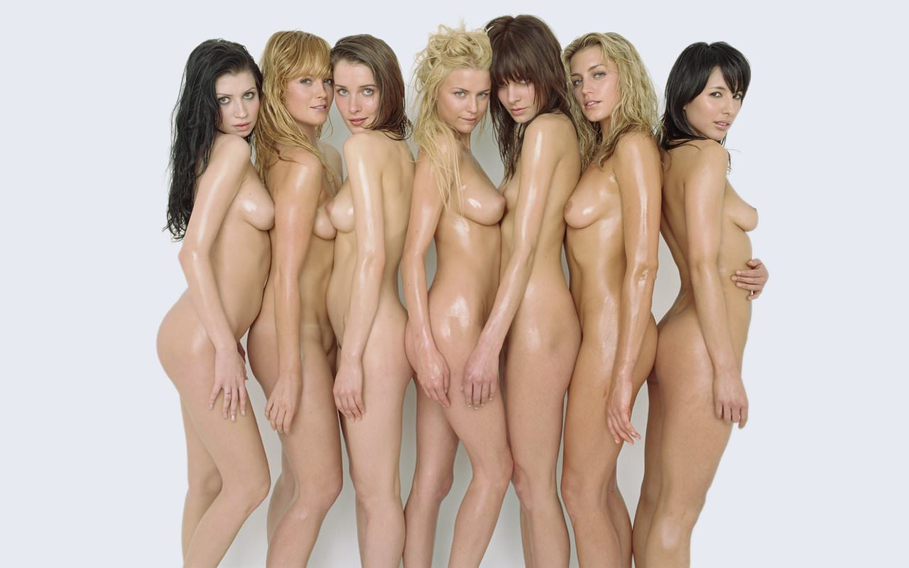 美女が裸で蒸れてる贅沢女の子三昧なヌードポルノ画像 535