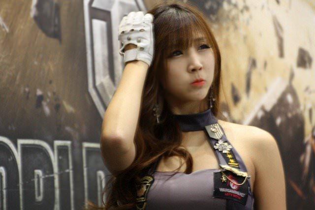【外人】バッチリ整形顔の韓国人キャンペーンガールのポルノ画像 726