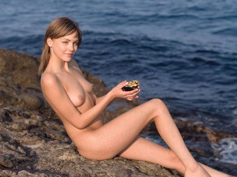 【外人】顔面はめちゃ可愛くてエロボディーな海外美女たちのポルノ画像 8
