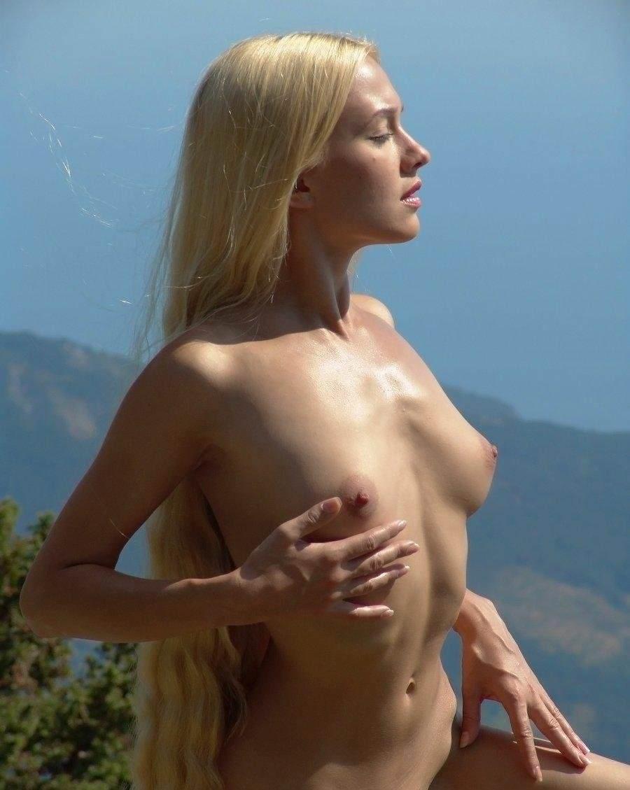 【外人】これぞ金髪ブロンド美女の醍醐味!超絶ダイナマイトバディのポルノ画像 919