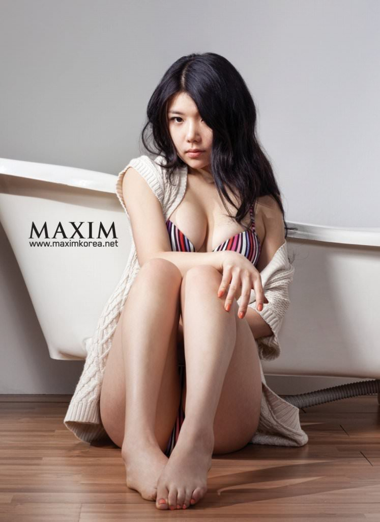 【外人】テンプレ顔だけどやっぱ可愛い整形韓国女のポルノ画像 924