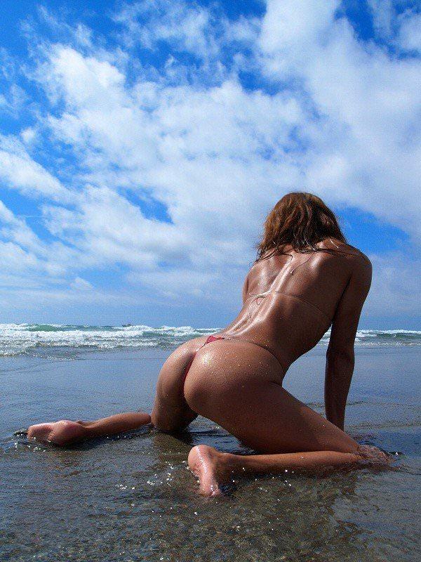 海外美人には野性的な魅力がある大自然でヌードになったポルノ画像 1214