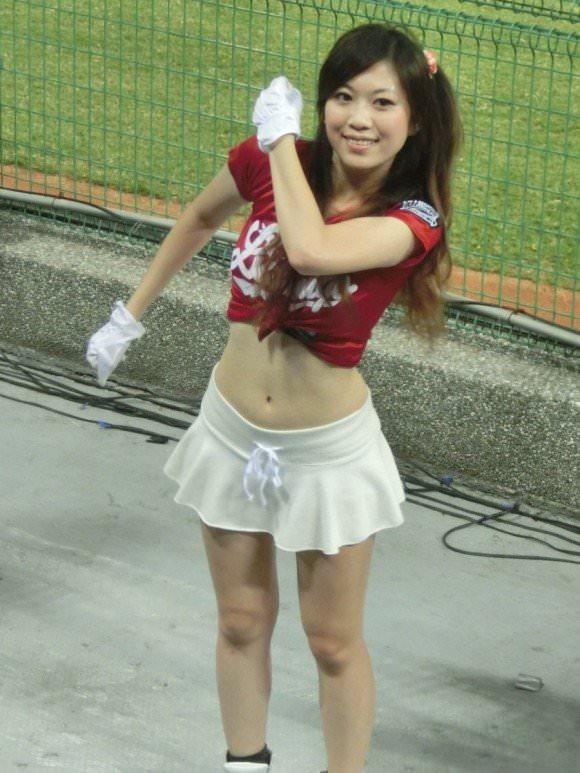 台湾野球のチアガールたちが可愛すぎて鼻血でそうなポルノ画像 1330