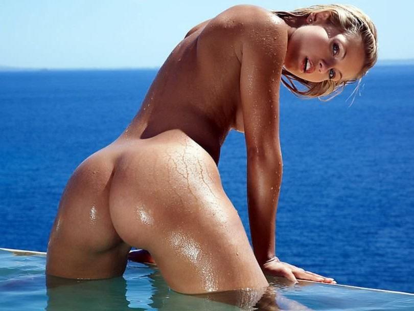海外美人には野性的な魅力がある大自然でヌードになったポルノ画像 150