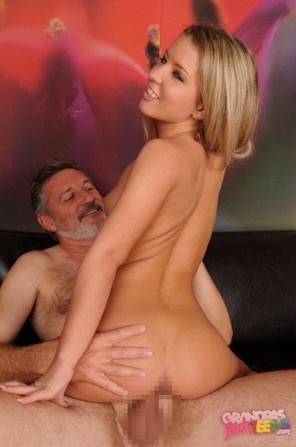 白人の美人さんを爺さんがハメまくってるセックスポルノ画像 2013