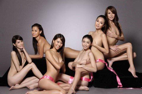 中国人美女はスタイル良くて可愛い子が多いヌードポルノ画像 21