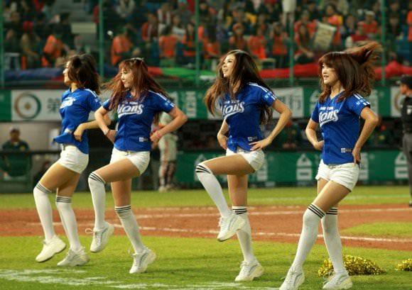 台湾野球のチアガールたちが可愛すぎて鼻血でそうなポルノ画像 2129