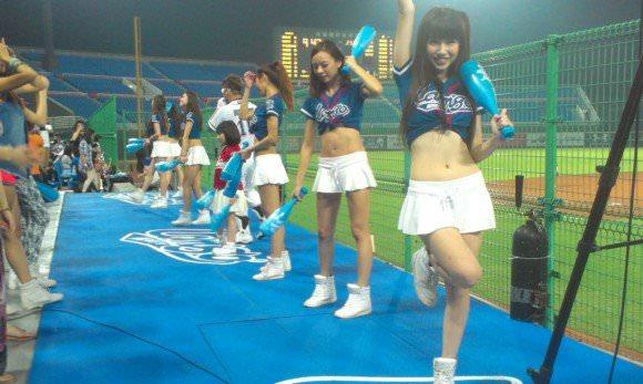 台湾野球のチアガールたちが可愛すぎて鼻血でそうなポルノ画像 2225