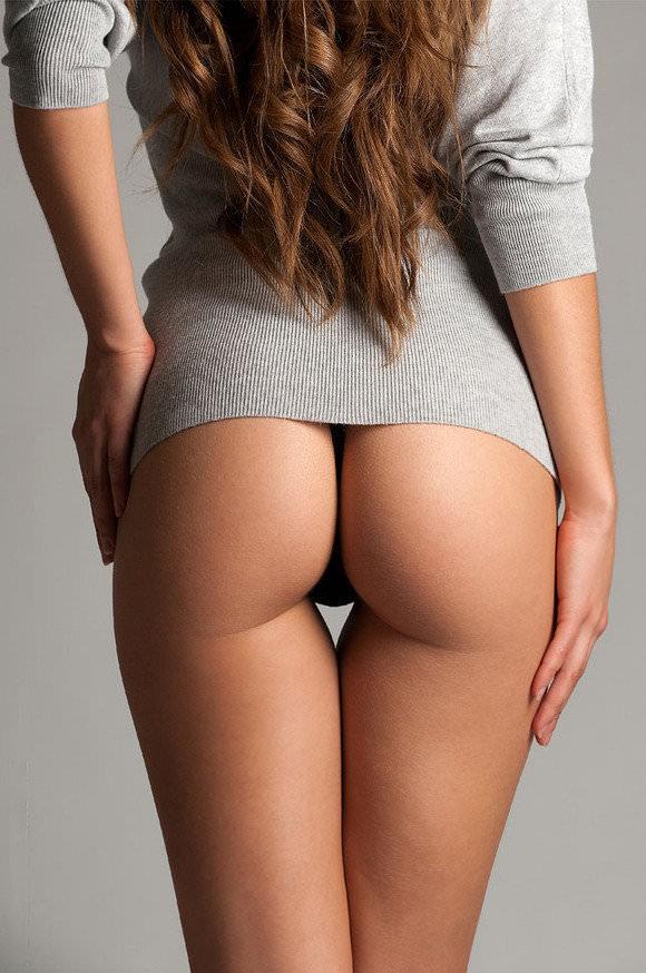 ペチペチ腰を打ち付けたい最高にセクシーな海外美人のお尻ポルノ画像 2315