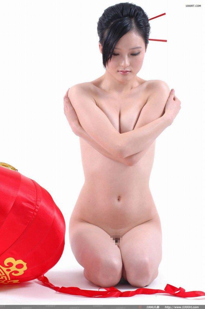 妖艶な美しさが股間をそそる中国美人のヌードポルノ画像 2525