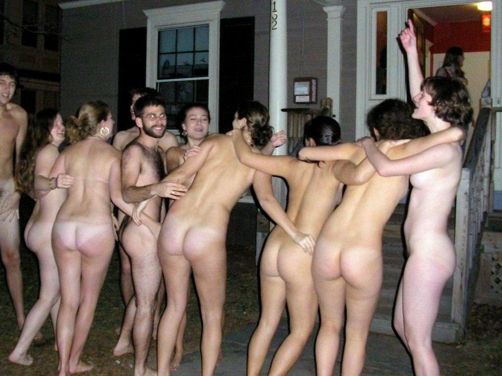 女体が集団で素っ裸なヌードポルノ画像 457