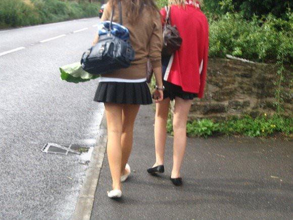 金髪美女も混じってる海外美人たちを盗撮した街撮りポルノ画像 650