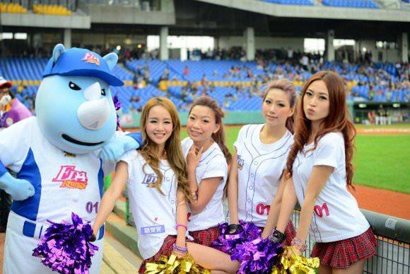 台湾野球のチアガールたちが可愛すぎて鼻血でそうなポルノ画像 730
