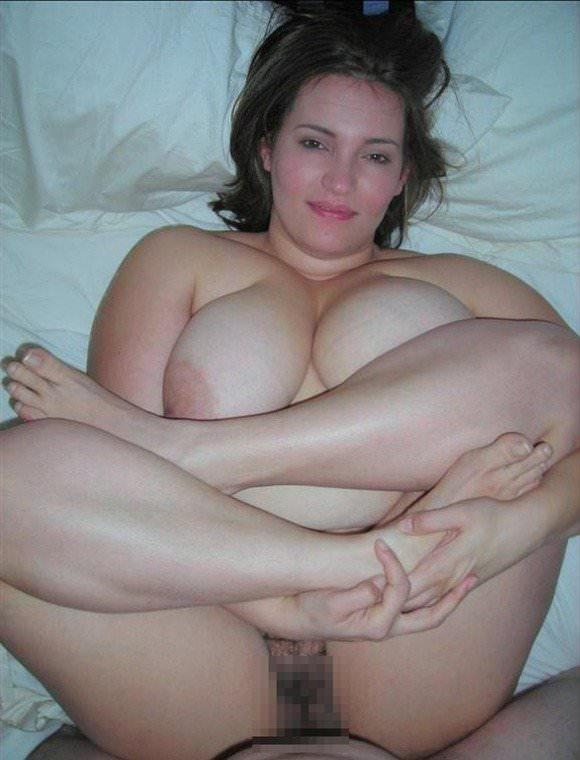 ぽっちゃり系でもアメリカの白人女性はエロ可愛いおデブちゃんヌードポルノ画像 811