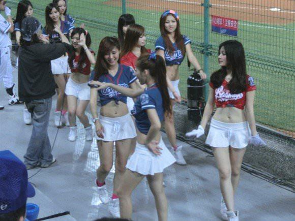 台湾野球のチアガールたちが可愛すぎて鼻血でそうなポルノ画像 830