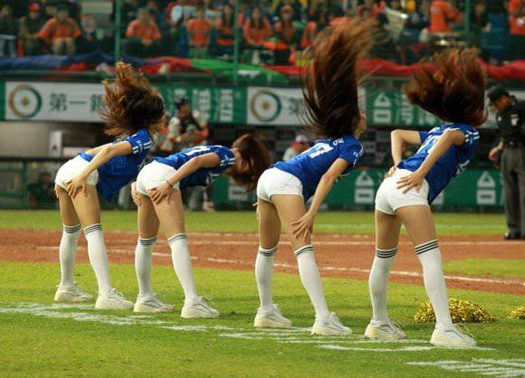 台湾野球のチアガールたちが可愛すぎて鼻血でそうなポルノ画像 930