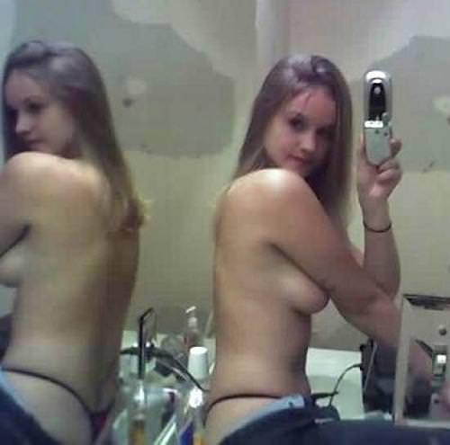 性に寛容な海外女子大生の素っ裸自画撮りヌードが熱いwwww 1137