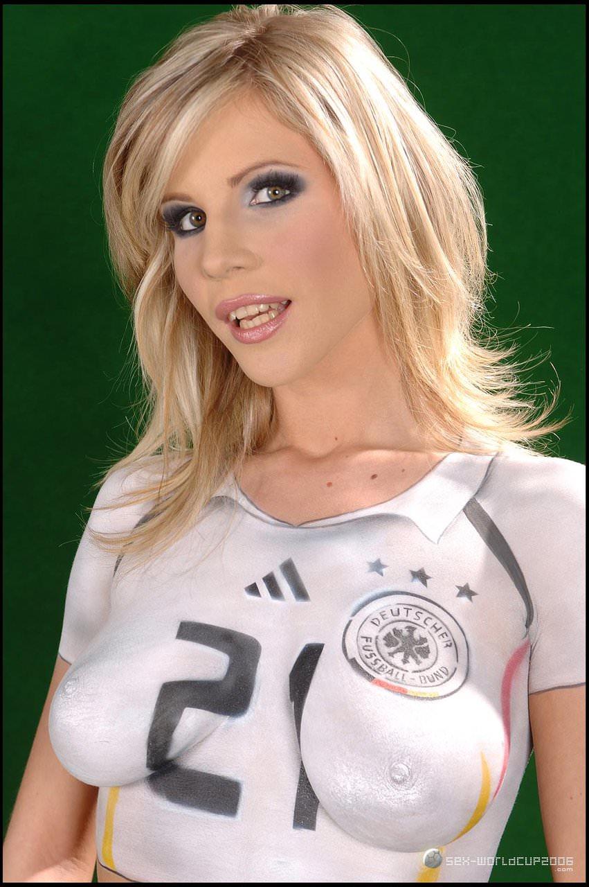 germany-body-paint-soccer-girls-renna-ryann-anal
