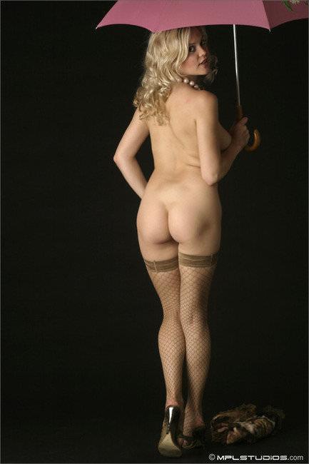 ムッチリ柔らかくふっくらした海外美女のお尻ポルノ画像 1815