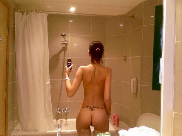 性に寛容な海外女子大生の素っ裸自画撮りヌードが熱いwwww 1923