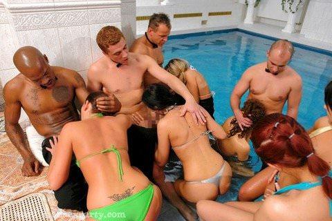 スポーツセックスが様になってる外人さんのやりまくり乱交パーティーwwww 2102