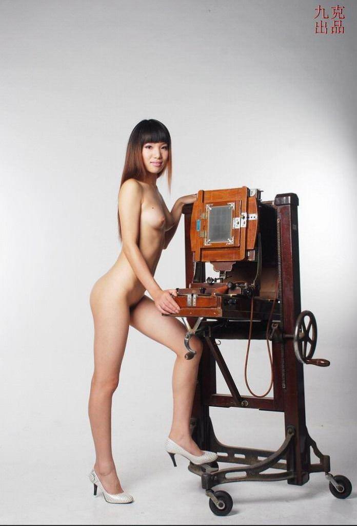 中国美人のスラっとしたスタイル抜群のヌードポルノ画像 616