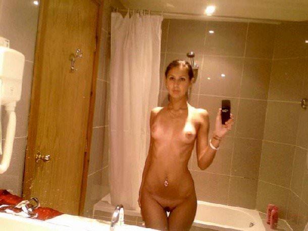 性に寛容な海外女子大生の素っ裸自画撮りヌードが熱いwwww 629