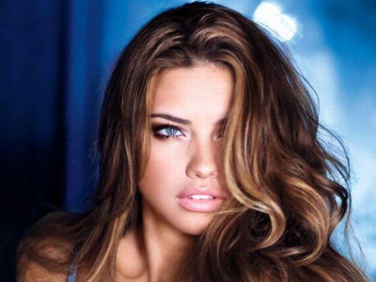 ぽってりとしたセクシーな唇を持つ海外女性の口マンコwwwwwwwwww 1409073013