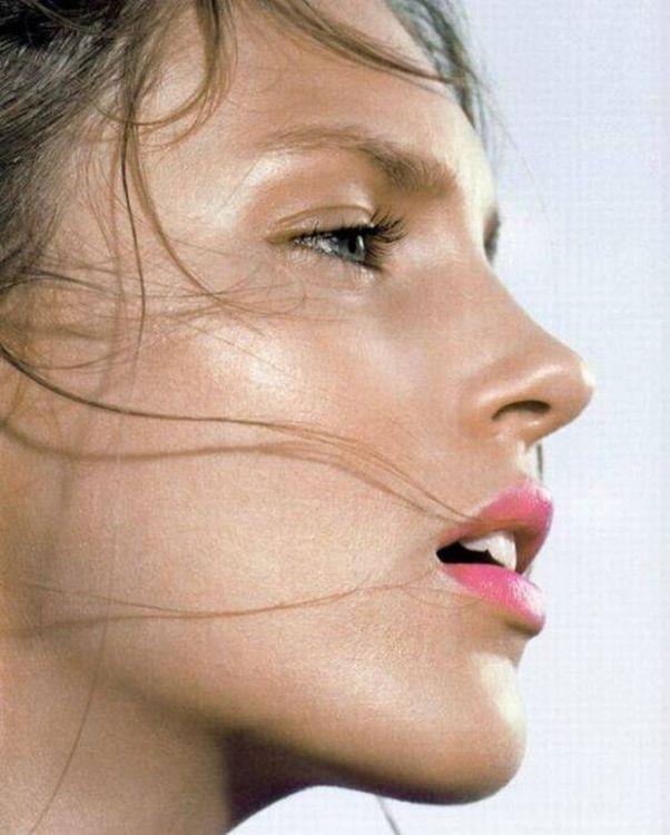 ぽってりとしたセクシーな唇を持つ海外女性の口マンコwwwwwwwwww 1409073023