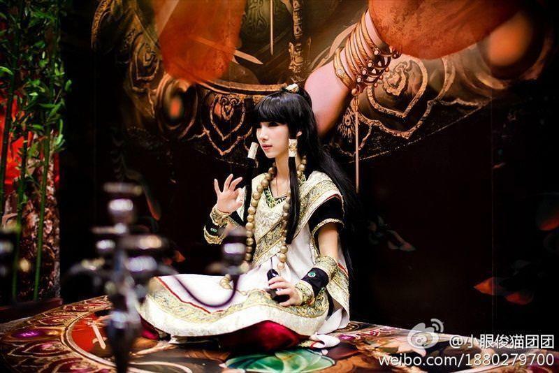 中国人コンパニオンがスタイル良すぎて可愛すぎたwwwwwwww 1703