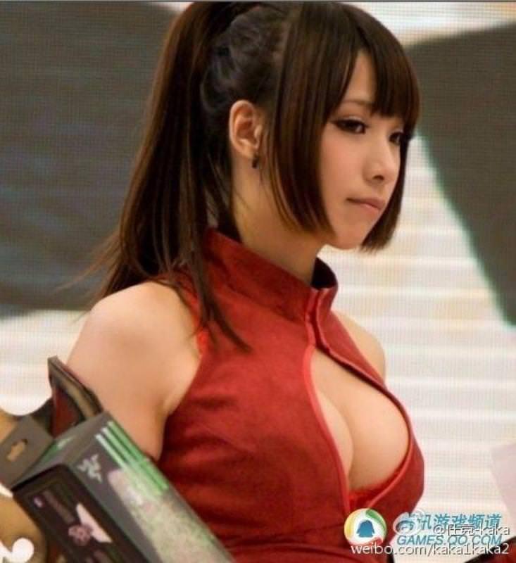 中国人コンパニオンがスタイル良すぎて可愛すぎたwwwwwwww 1706