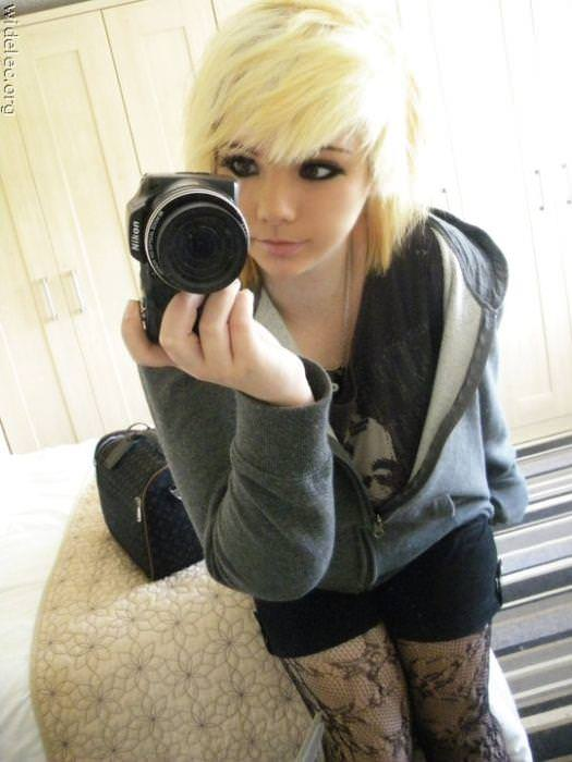 【海外美人】ネットに自画撮りをうpする素人娘がみんな可愛すぎて草wwwww 3047