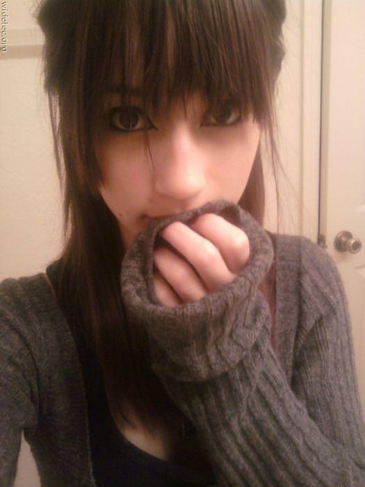 【海外美人】ネットに自画撮りをうpする素人娘がみんな可愛すぎて草wwwww 3049