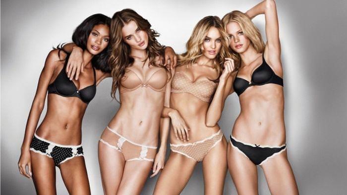 女の性的部分を包み込む下着姿の海外美人モデルwww 0108 1