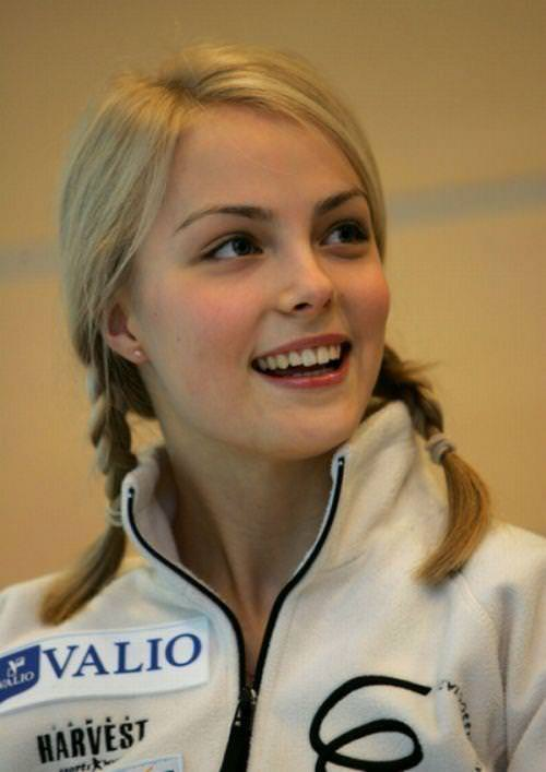 フィンランドのフィギュアスケート選手キーラ・リンダ・カトリーナ・コルピが美人すぎて抜けるwwwww 0401