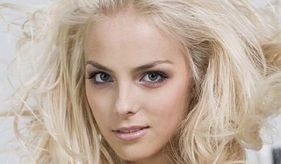 フィンランドのフィギュアスケート選手キーラ・リンダ・カトリーナ・コルピが美人すぎて抜けるwwwww 0405