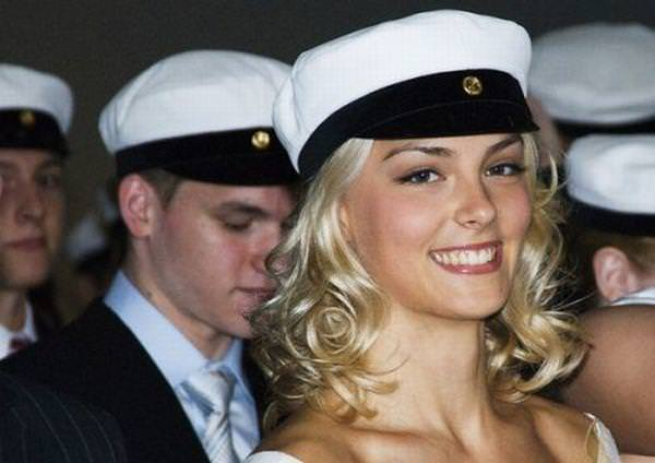 フィンランドのフィギュアスケート選手キーラ・リンダ・カトリーナ・コルピが美人すぎて抜けるwwwww 0407