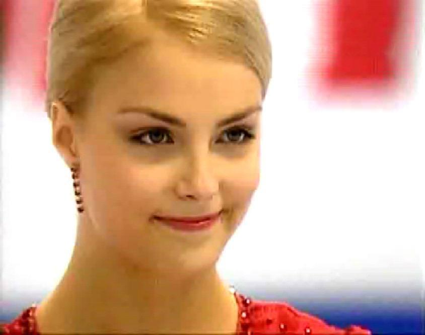 フィンランドのフィギュアスケート選手キーラ・リンダ・カトリーナ・コルピが美人すぎて抜けるwwwww 0413
