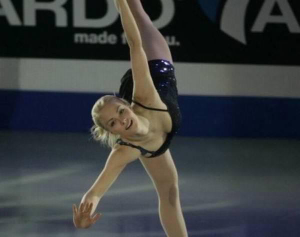 フィンランドのフィギュアスケート選手キーラ・リンダ・カトリーナ・コルピが美人すぎて抜けるwwwww 0419