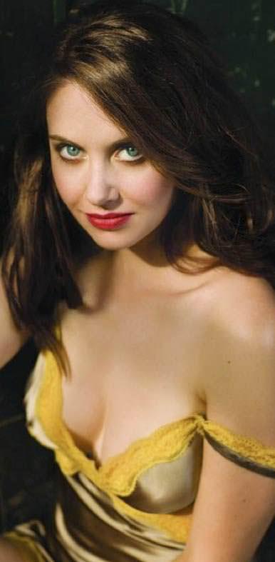 北川景子似のめちゃんこ美人なアメリカ人女優のアリソン・ブリーのセクシー画像 1233