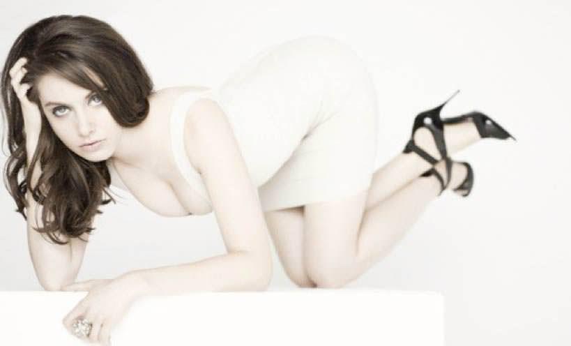 北川景子似のめちゃんこ美人なアメリカ人女優のアリソン・ブリーのセクシー画像 1238