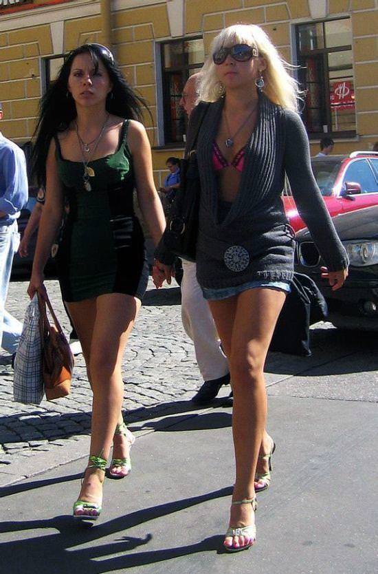ぷるぷるのおっぱいに視線が行く街撮り外人素人www 1714