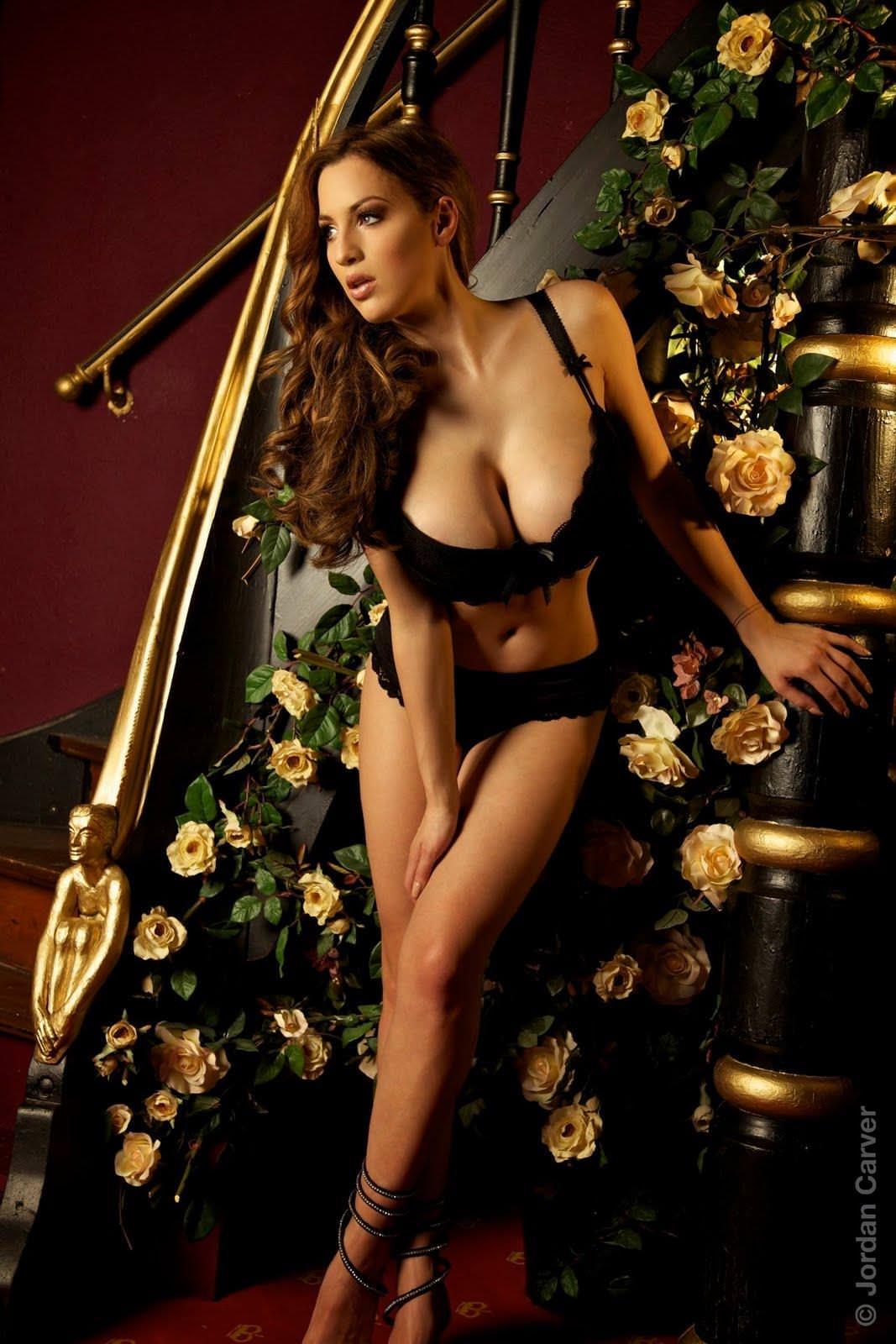 超美人なのに爆乳なドイツ人モデルのヨルダン・カーヴァーがクッソエロすぎて抜けるwwww 2623