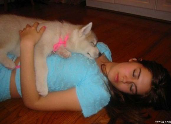 寝てる女の子って肉体の柔らかさが際立ってエロいからおかずになるwwwww 2858