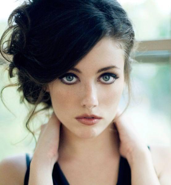 眼の色が宝石のように綺麗な色をしてる外人美人wwww 3002